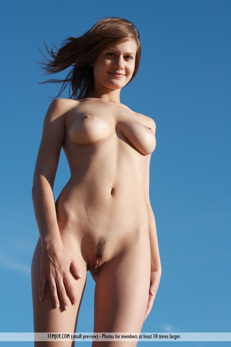 Best beach babes nude opinion