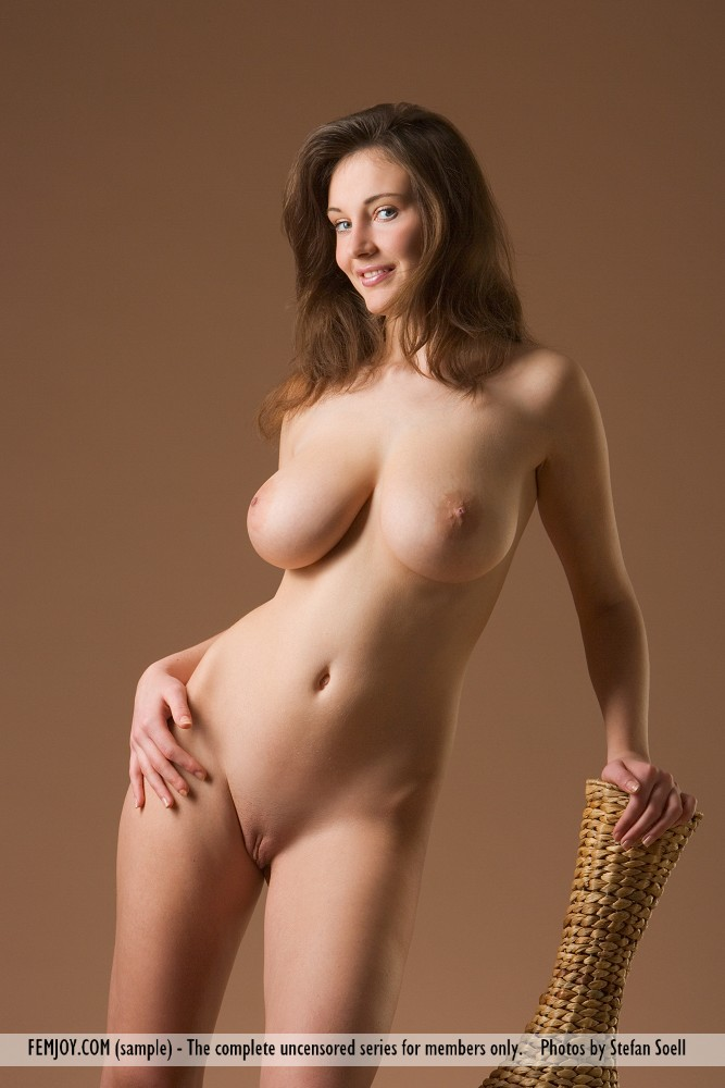 Curvy beauties nude