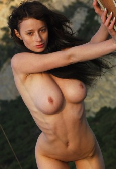 romanian lady with big tits