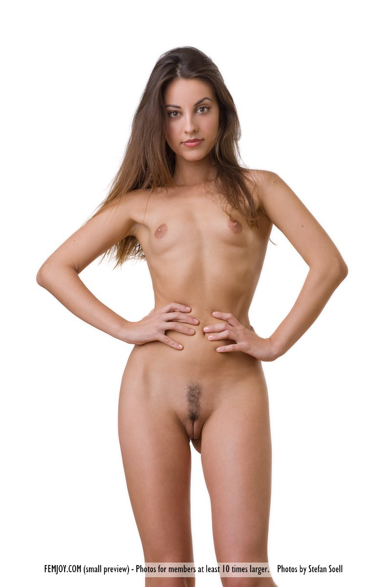 nude slim ebony mature