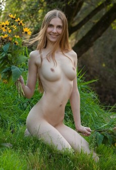 nude hippy girl hot