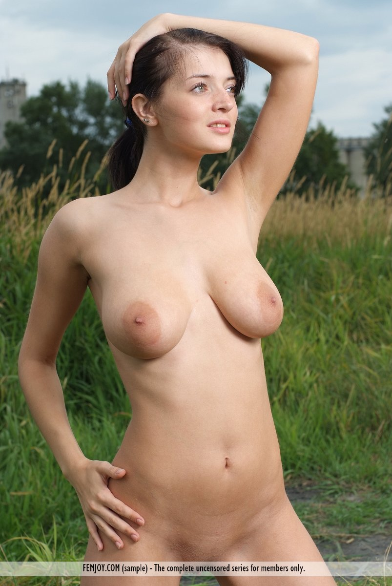 Lithuanian girls naked
