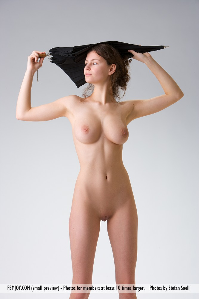 pussy of umbrella girl