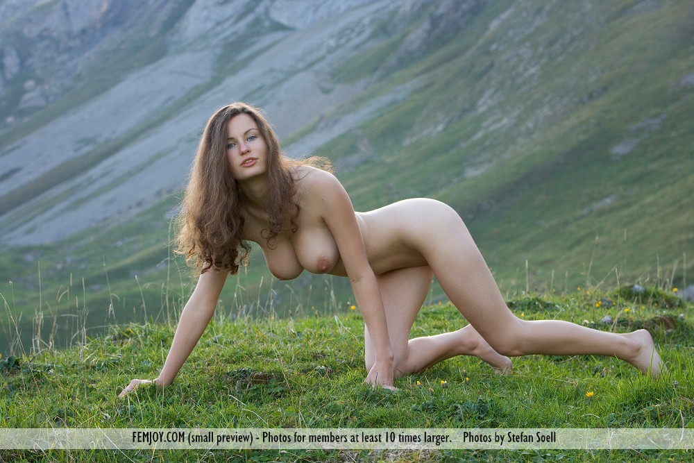 naked mountain woman fuck