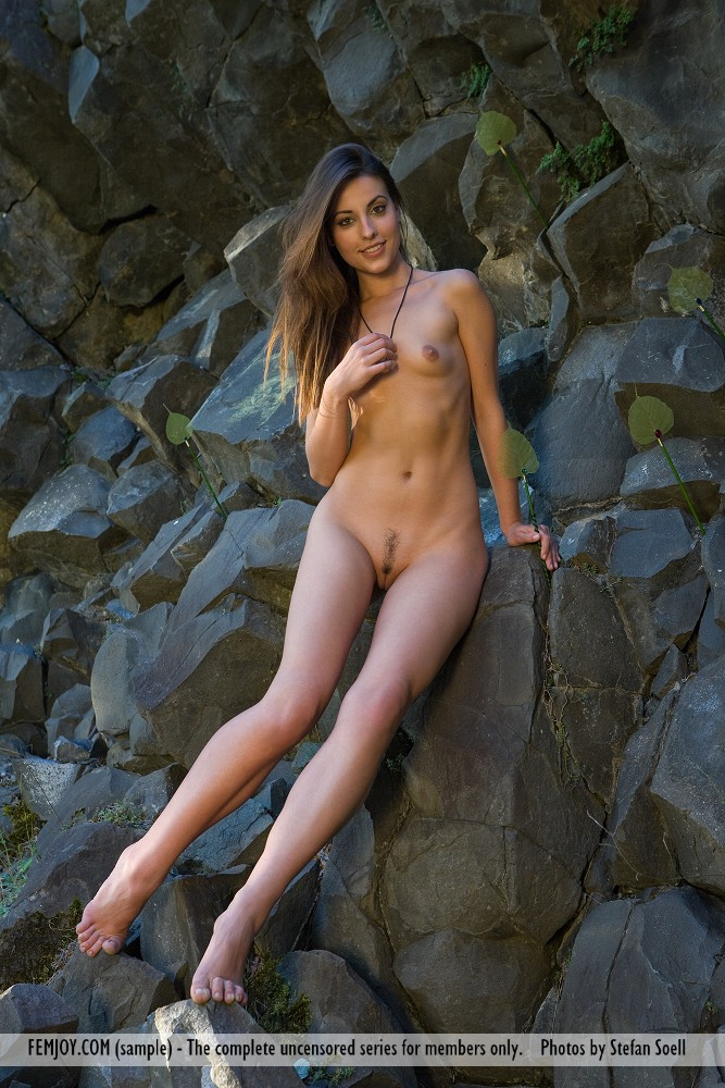 women rock climbing naked