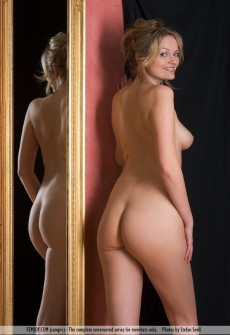 Can not naked babes posing for mirror photo idea
