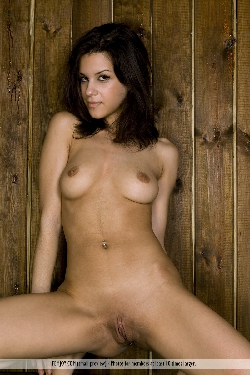Nude Spanish Chick Model's Name: Eva T Images From: Femjoy