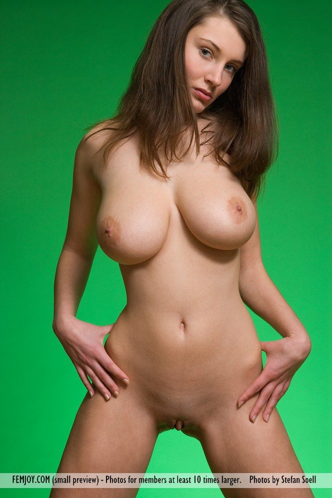 perfect nude girls