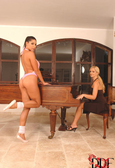 horny-girls-sex-on-piano-02