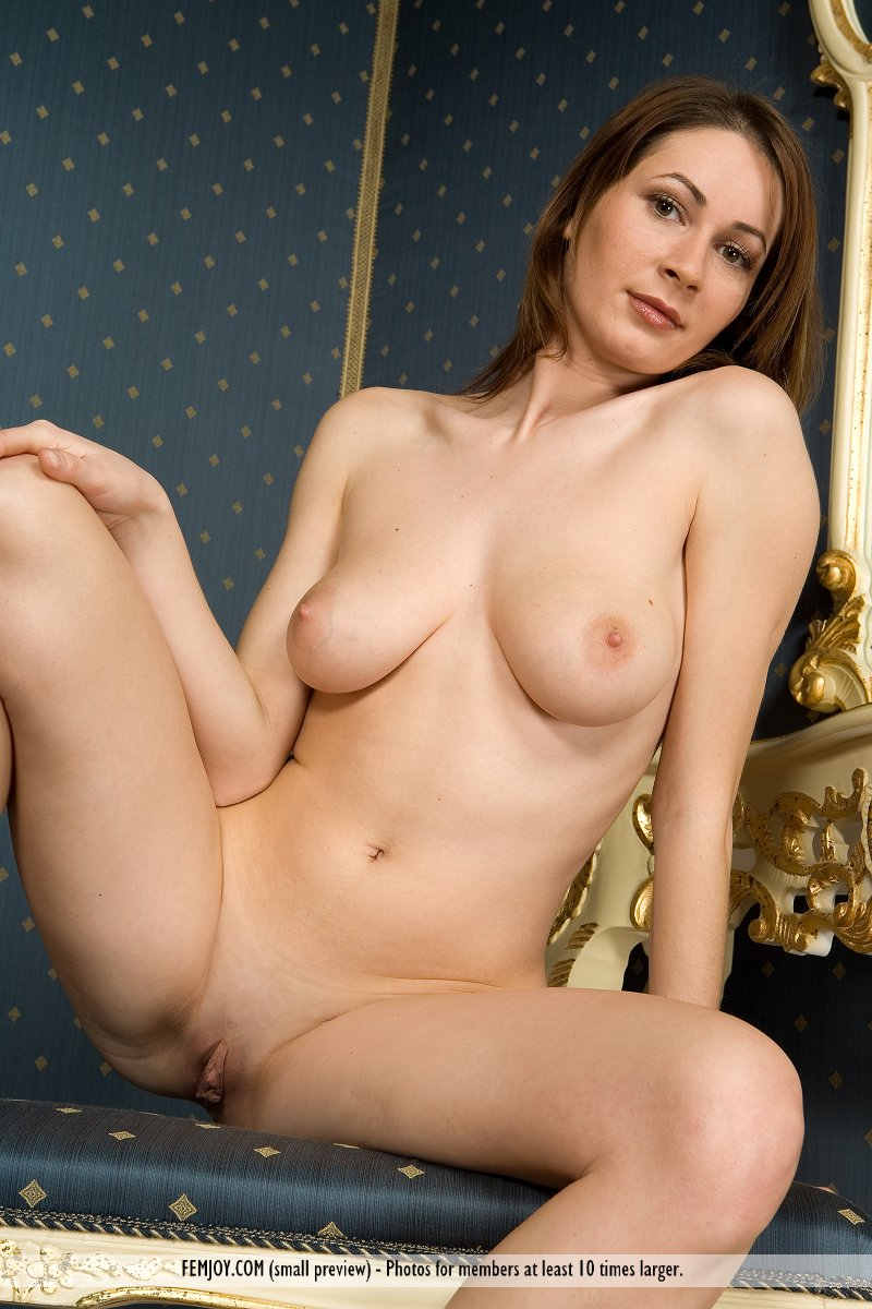 Awsome Nude