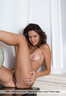Women beautiful nude hot italian
