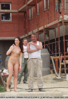 Nude couple in bad