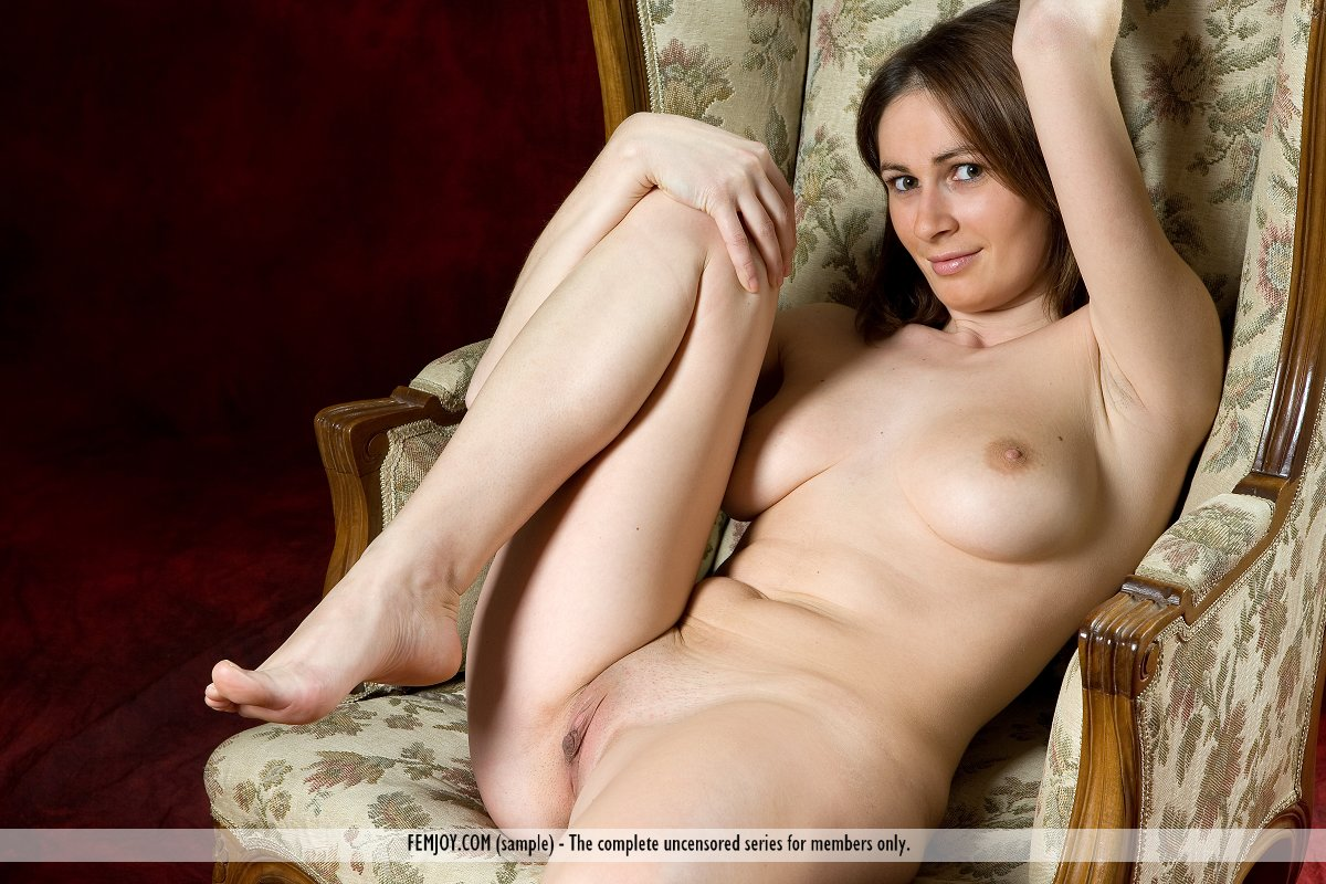 Opinion nude italian woman photo